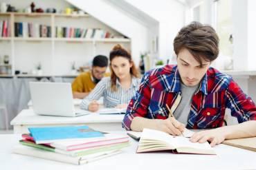 Odluka o dodjeli stipendija za akademsku godinu 2020./21.